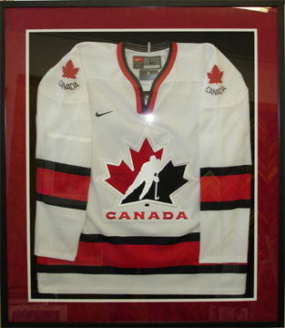framing a hockey jersey
